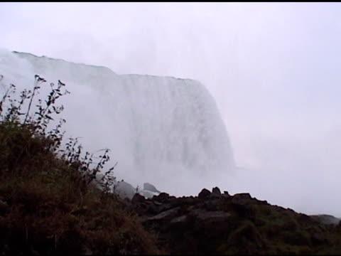 niagara - over the edge - niagarafloden bildbanksvideor och videomaterial från bakom kulisserna