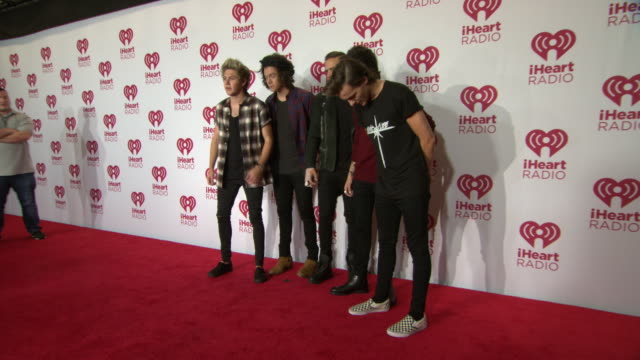 niall horan harry styles liam payne zayn malik louis tomlinson at 2014 iheartradio music festival and village day 2 at mgm grand on september 20 2014... - liam payne stock videos and b-roll footage