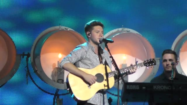 Niall Horan performing outside Jimmy Kimmel Live in Hollywood in Celebrity Sightings in Los Angeles