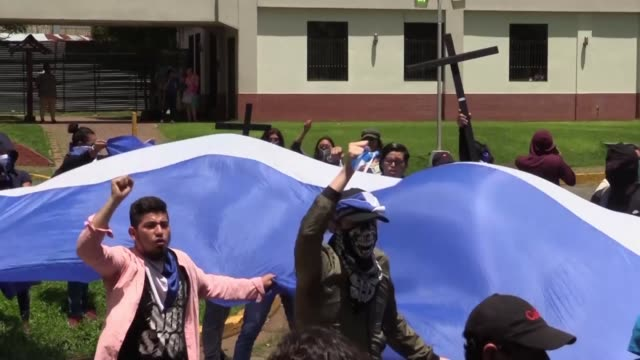 nicaraguans protest at the central american university in managua demanding the release of political prisoners - managua stock videos & royalty-free footage