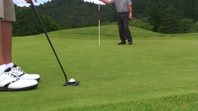 nice putt - see other clips from this shoot 1271 stock videos & royalty-free footage