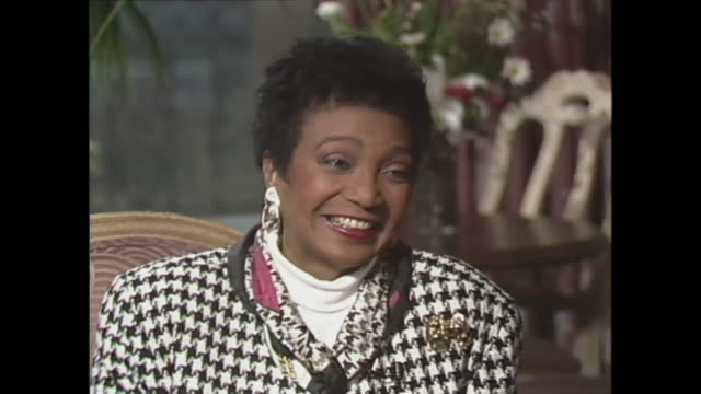 nichelle nichols on being part of the first interracial kiss on television - part of a series点の映像素材/bロール