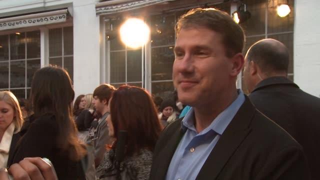 vídeos y material grabado en eventos de stock de nicholas sparks at the lucky one european premiere at bluebird on april 23, 2012 in london, england - sparks