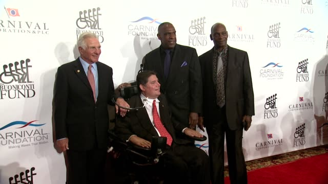 nick buoniconti marc buoniconti and andre dawson at 29th annual great sports legends dinner at the waldorf=astoria on september 29 2014 in new york... - dawson city点の映像素材/bロール