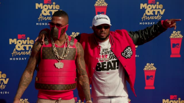 nick cannon and dj dwrek at the 2019 mtv movie tv awards at barkar hangar on june 15 2019 in santa monica california - nick cannon stock videos & royalty-free footage
