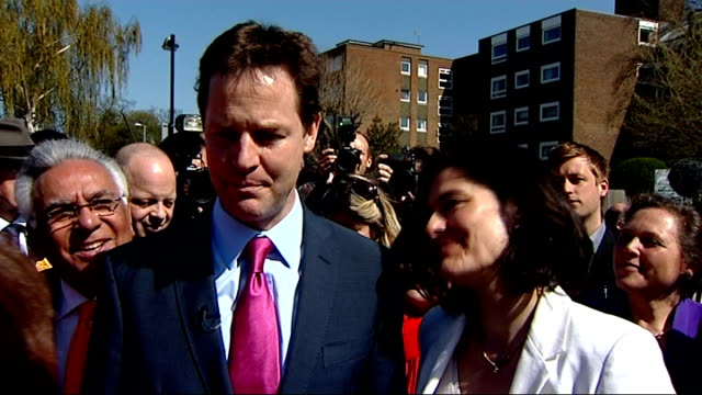 nick clegg mp interview as standing next to his wife sot [asked if he could work with gordon brown] look when you're in these debates you just answer... - ニック クレッグ点の映像素材/bロール