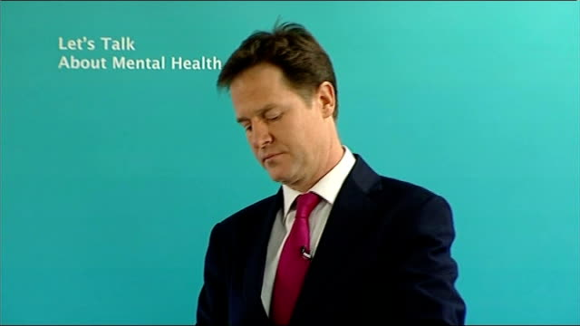 nick clegg's lib dem leadership tested over lord rennard issue clegg listening to reporter asking question and booing sot - クリス・レナード点の映像素材/bロール