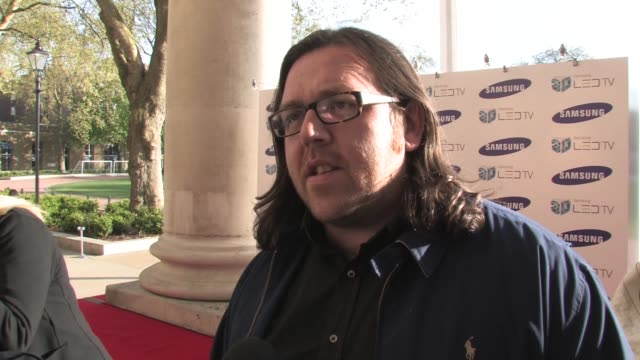 vídeos y material grabado en eventos de stock de nick frost on 3d, on not watching everything in 3d - eastenders not being good in 3d, on actors being affected by hd and 3d, on his new film at the... - eastenders