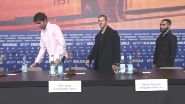 stockvideo's en b-roll-footage met nick jonas at 'goat' press conference 66th berlin international film festival on february 17 2016 in berlin germany - internationaal filmfestival van berlijn 2016