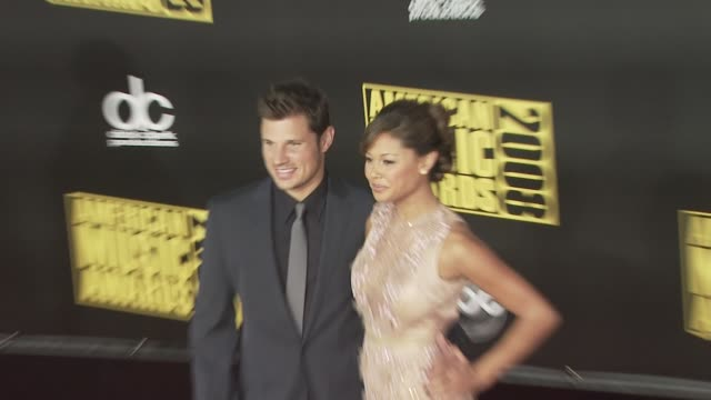 nick lachey and vanessa minnillo at the 2008 american music awards at los angeles ca - nick lachey stock videos & royalty-free footage