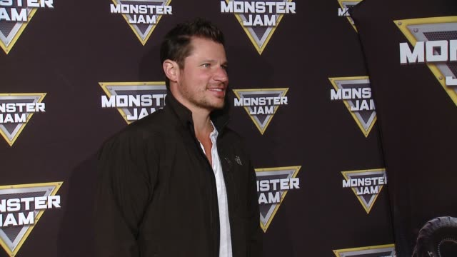 vídeos y material grabado en eventos de stock de nick lachey at monster jam celebrity event at angel stadium on february 24 2018 in anaheim california - angel stadium