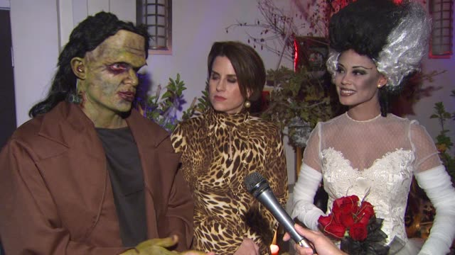 nick lachey, marley majcher, vanessa minnillo on the event, make-up ideas and party intention at the vanessa and nick's halloween party by the party... - ニック ラシェイ点の映像素材/bロール