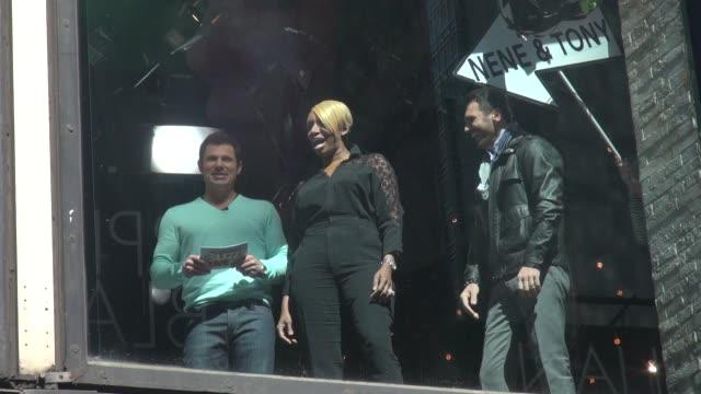 Nick Lachey NeNe Leakes Tony Dovolani in the window in Celebrity Sightings in New York