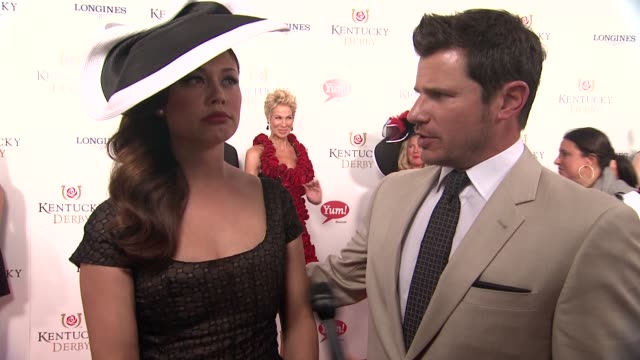 stockvideo's en b-roll-footage met nick lachey on enjoying the derby and following his wife's betting advice at 141st kentucky derby at churchill downs on may 02, 2015 in louisville,... - nick lachey