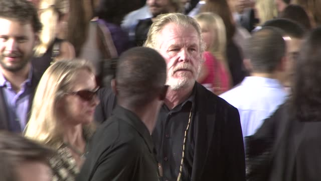 nick nolte at the tropic thunder premiere at los angeles ca. - nick nolte stock-videos und b-roll-filmmaterial