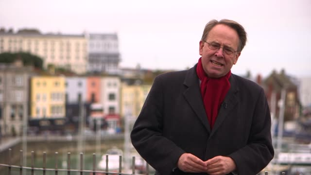 stockvideo's en b-roll-footage met nick timothy under investigation in the conservative election expenses scandal kent ramsgate ext reporter to camera various shots the royal harbour... - ramsgate