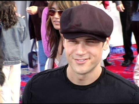 nick zano at the 'robots' world premiere at the mann village theatre in westwood california on march 6 2005 - regency village theater stock videos & royalty-free footage