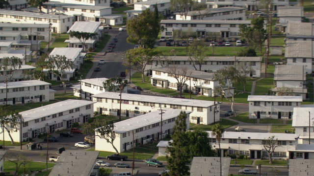 nickerson gardens, a housing project in the watts neighborhood of los angeles. - 公営アパート点の映像素材/bロール