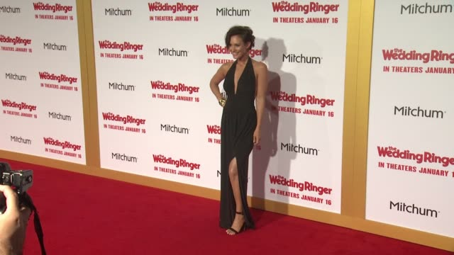 stockvideo's en b-roll-footage met nicky whelan at the wedding ringer los angeles premiere at tcl chinese theatre on january 06 2015 in hollywood california - tcl chinese theatre