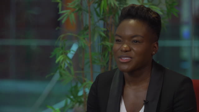 nicola adams talking about the eye injury she received in her last fight which caused her to retire from boxing - eyesight stock videos & royalty-free footage