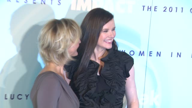 nicola maramotti, geena davis at the 2011 women in film crystal + lucy awards sponsored by pandora and max mara at beverly hills ca. - ジーナ デイヴィス点の映像素材/bロール