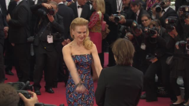 nicole kidman at 'inside llewyn davis' red carpet at palais des congres on may 19, 2013 in cannes, france. - ニコール・キッドマン点の映像素材/bロール