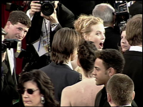 nicole kidman at the 2000 academy awards at the shrine auditorium in los angeles, california on march 26, 2000. - 第72回アカデミー賞点の映像素材/bロール