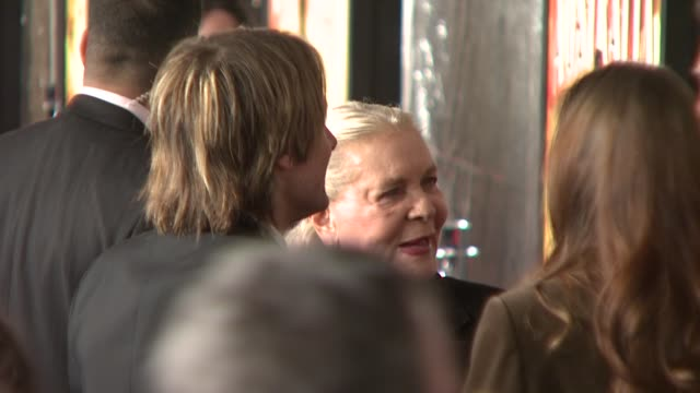 nicole kidman, keith urban and lauren bacall at the 'australia' premiere at new york ny. - keith urban stock videos & royalty-free footage