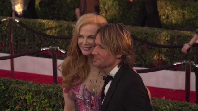 nicole kidman, keith urban at 22nd annual screen actors guild awards - arrivals in los angeles, ca 1/30/16. 4k available - contact getty sales - keith urban stock videos & royalty-free footage