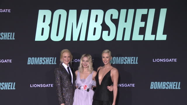 """nicole kidman, margot robbie and charlize theron at """"bombshell"""" special screening on december 10, 2019 in los angeles, california. - シャーリーズ・セロン点の映像素材/bロール"""