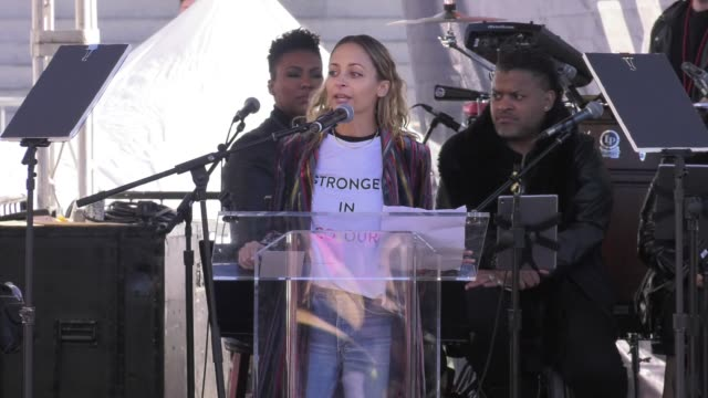 SPEECH Nicole Richie at 2018 Women's March Los Angeles on January 20 2018 in Los Angeles California
