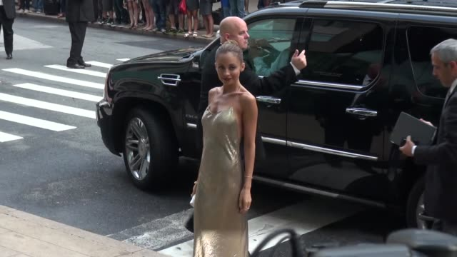 nicole richie at the 2013 cfda fashion awards in new york ny on 6/3/13 - nicole richie stock videos & royalty-free footage
