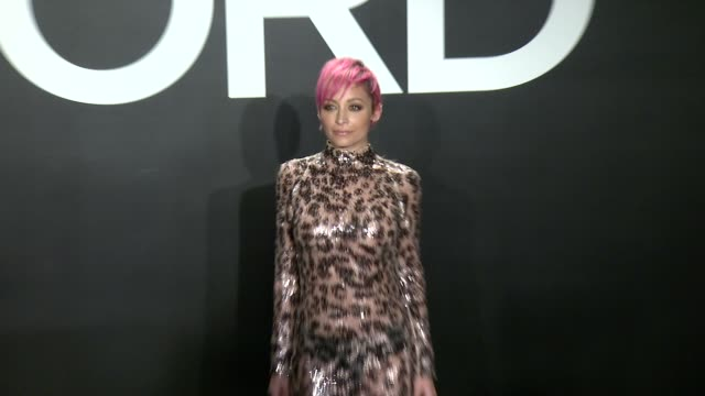 stockvideo's en b-roll-footage met nicole richie at tom ford presents his autumn/winter 2015 womenswear collection at milk studios on february 20 2015 in los angeles california - dameskleding