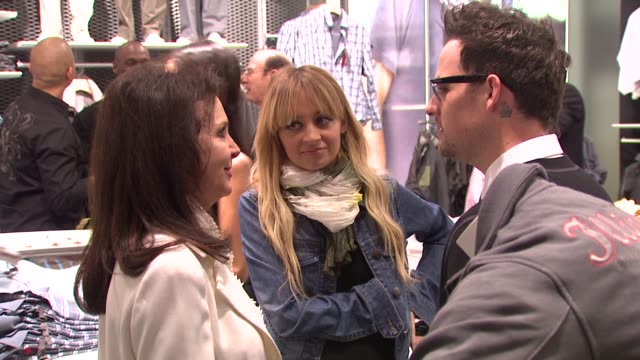 Nicole Richie Joel Madden at the Esprit Santa Monica Grand Opening at Los Angeles CA
