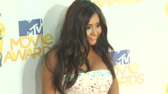 Nicole 'Snooki' Polizzi at the 2010 MTV Movie Awards at Universal City CA