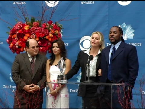 nicollette sheridan and malcolm jamal warner introduce the nominees for favorite daytime talk show host and favorite reality shows at the 2004... - talk show host stock videos & royalty-free footage