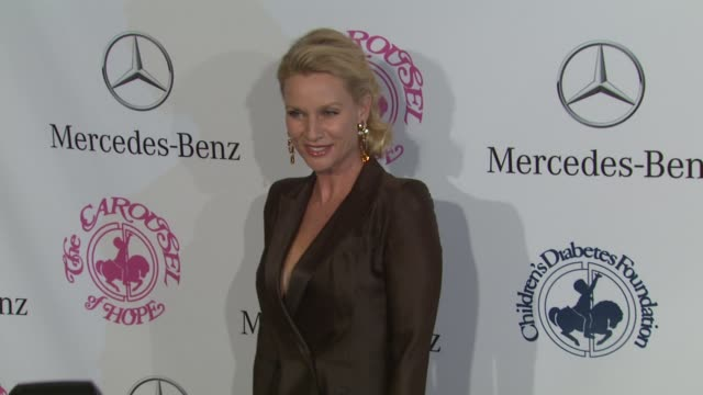 nicollette sheridan at 26th anniversary carousel of hope ball on in beverly hills, ca. - ニコレット シェリダン点の映像素材/bロール