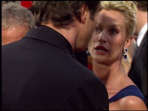 nicollette sheridan at the 2006 golden globe awards at the beverly hilton in beverly hills, california on january 16, 2006. - ニコレット シェリダン点の映像素材/bロール