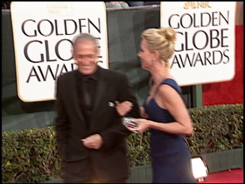 vídeos de stock e filmes b-roll de nicollette sheridan at the 2006 golden globe awards at the beverly hilton in beverly hills california on january 16 2006 - nicollette sheridan