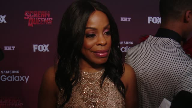 "niecy nash on the characters she'd like to see die and saved, on a favorite horror moment, and on a dream guest star at the ""scream queens"" los... - wilshire ebell theatre stock videos & royalty-free footage"