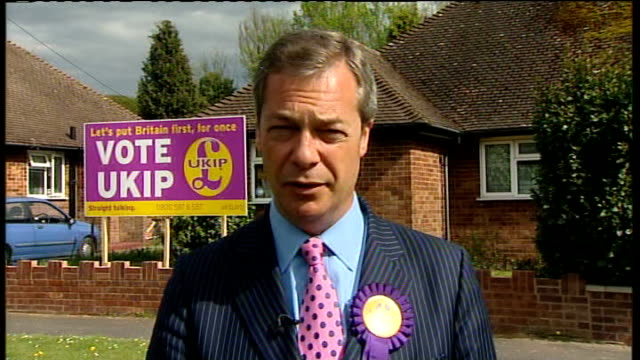nigel farage 2way interview sot - krishnan guru murthy stock videos & royalty-free footage