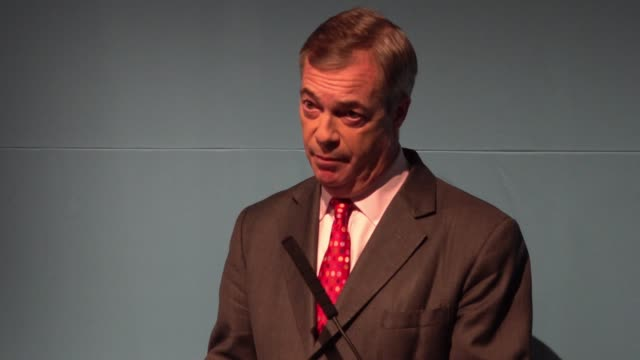 nigel farage calls for zero tolerance on all illegal immigration at the launch the brexit party general election policy contract - emigration and immigration stock videos & royalty-free footage