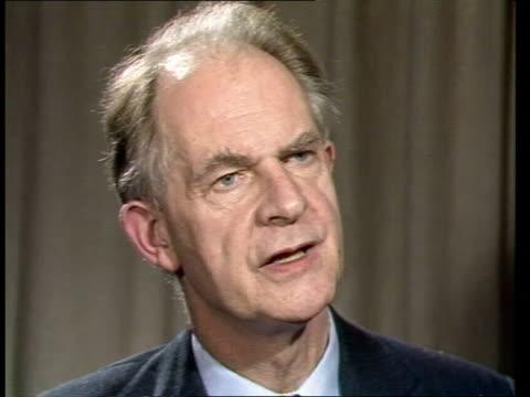 Nigel Lawson gives Autumn Statement ENGLAND London Centre Point INT Sir Terry Beckett interview SOT Walter Goldsmith interview SOT VIDEO ex ENG...