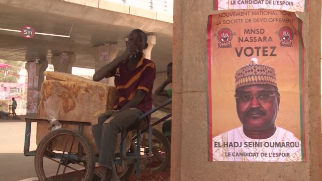 Niger prepares to go to the polls Sunday with security the main concern in the vast desert nation blessed with immense riches of uranium gold iron...