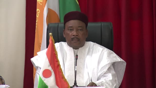 nigers government has foiled a coup plot resulting in a number of arrests president mahamadou issoufou said in an address broadcast on national radio... - mahamadou issoufou stock videos and b-roll footage