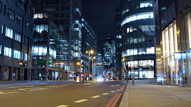 night at london financial district - cityscape stock videos & royalty-free footage