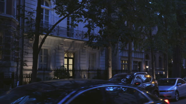 night exterior luxury apartments - stereotypically upper class stock videos & royalty-free footage