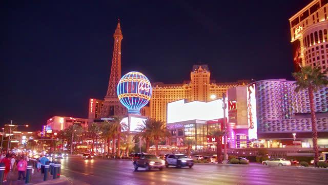 night las vegas. paris hotel - paris las vegas stock videos & royalty-free footage