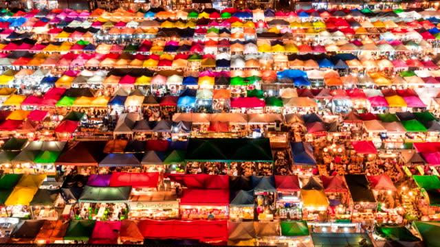 Nacht Markt in Bangkok, Thailand.