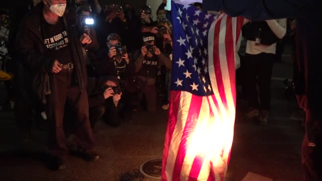 night of portland proud boys free kyle rittenhouse rally, counter protesters clash with police in riot geat outside justice center, arrests, police... - burning stock videos & royalty-free footage
